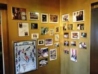 ホテルのあちこちに記念の写真
